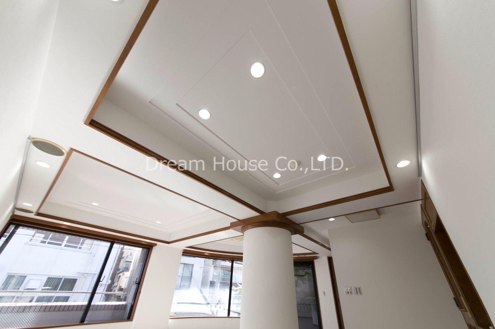 エアコンは天井カセット式