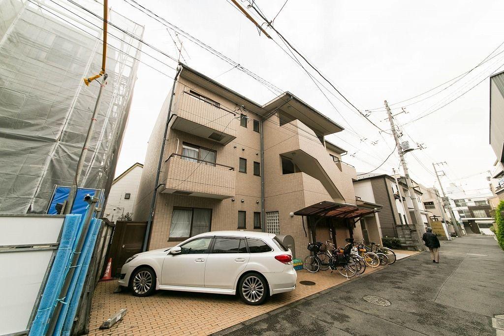東京メトロ南北線東大前駅利用できる賃貸マンション。文京区西片の静かな住宅街に建つサンライズ西片、2LDKマンション探しているならピッタリです。