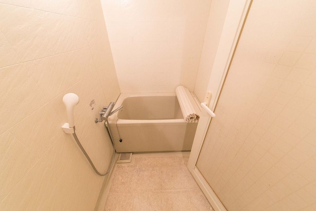 千石マンション バスルーム(リノベーション前)