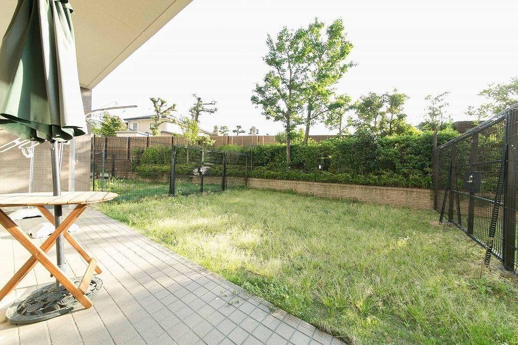 グランフラッツ文京千石の庭付き賃貸マンション。千石駅徒歩4分の高級分譲マンション3LDKタイプ。