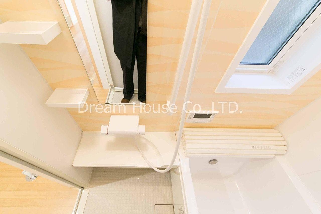 駒込富士神社近くの豊田メゾネットA号室。賃貸の戸建です。都営三田線千石駅69平米の賃貸物件2LDK